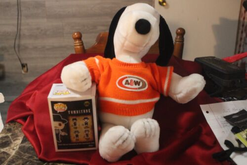 Vintage 1968 Syndicate Plush Snoopy A&W Promotional