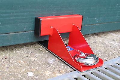 BULLDOG GD20 GARAGE DOOR LOCK, SURFACE MOUNTED, C/W WITH PADLOCK