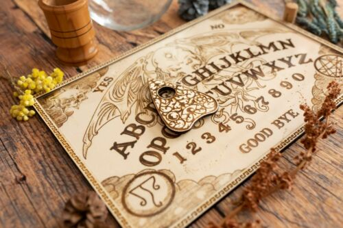 Ouija Spirit Board Wooden Handmade Wood Talking Game Halloween 10,6in x 7,08in