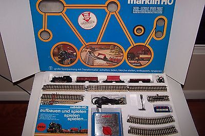 Vintage Analogue Marklin 2957 Ho Train Set with original box - German set