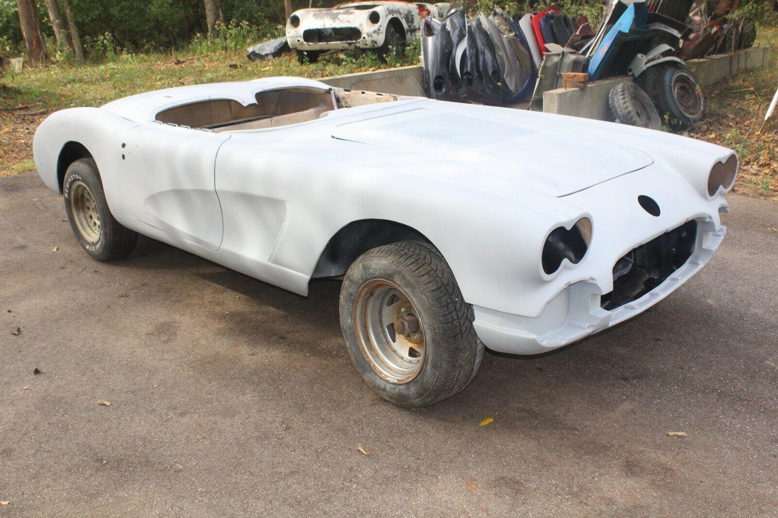 1958 CHEVROLET CORVETTE PROJECT RESTOMOD RACE CAR