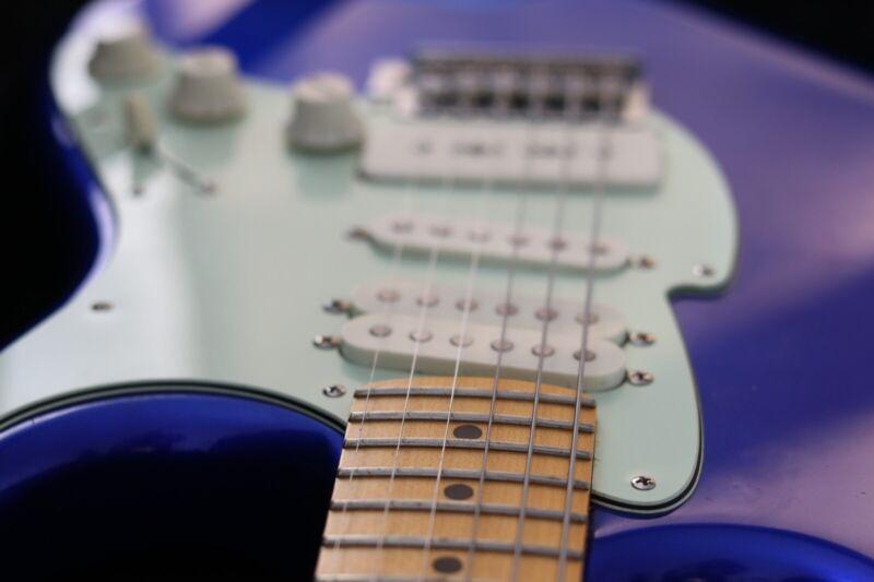 FRET-KING CORONA 'DBR' DANNY BRYANT ~ CANDY APPLE BLUE ELECTRIC GUITAR