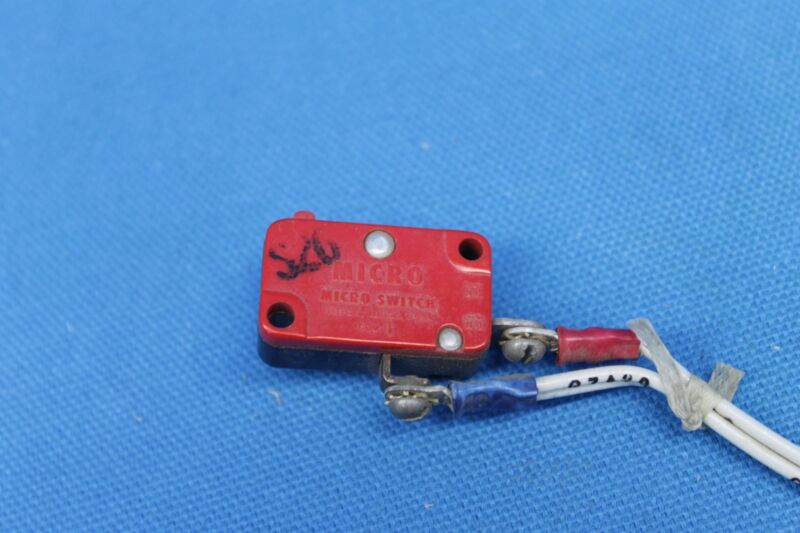 Microswitch P/N: MS-25253-2, V3-1003 (22412)