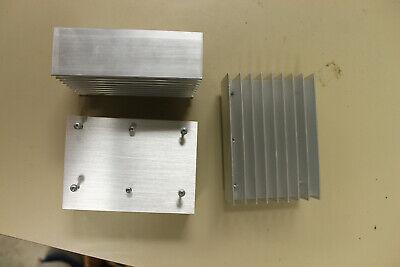 Large Finned Aluminum Heat Sink--4 58 X 3 14 X 1 12 Heavy Flat Bottom