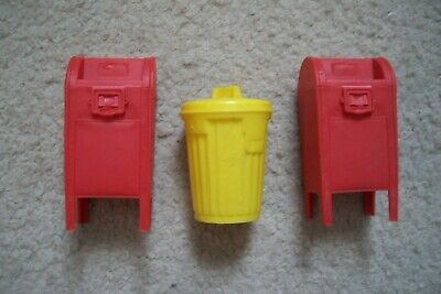 Three Vintage Topps and Fleer Plastic Candy Gum Containers