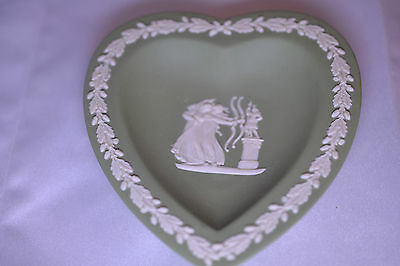 E GREEN JASPER WARE HEART SOAP CANDY TRINKET DISH 2 ARCHERS (Archer Ware)