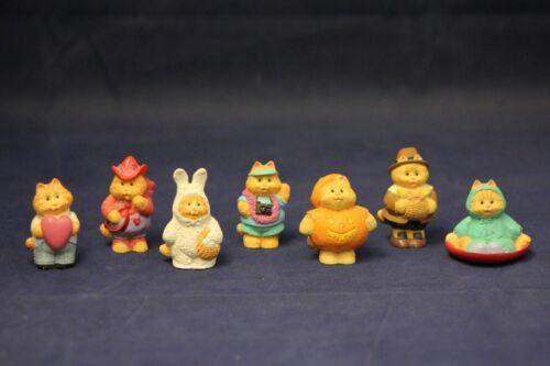 Hallmark Miniatures Holidays 1994-1996