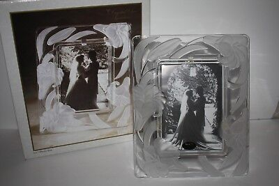 CRYSTAL CLEAR SIGNATURES FROSTED GLASS STERLING STAR PICTURE FRAME 5x7 PHOTO