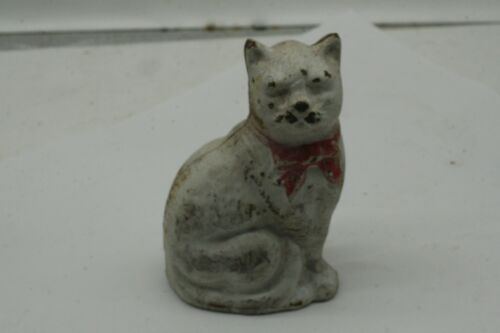 Vintage Cast Iron  CAT  Coin Bank