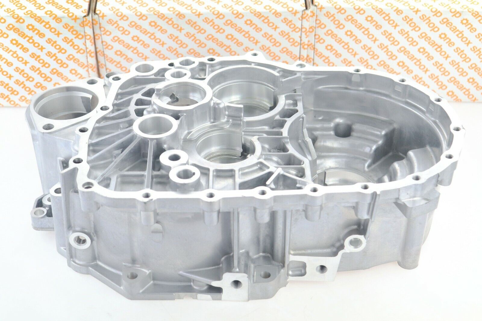 Details about VW, AUDI 02M 02Q 6 SPEED MANUAL GEARBOX CLUTCH BELL HOUSING  CASE 02Q301107AE