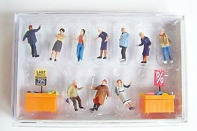 NEW HO Preiser  Figures 10647 Bargain Bin Shoppers with Tables , Goods & Signage