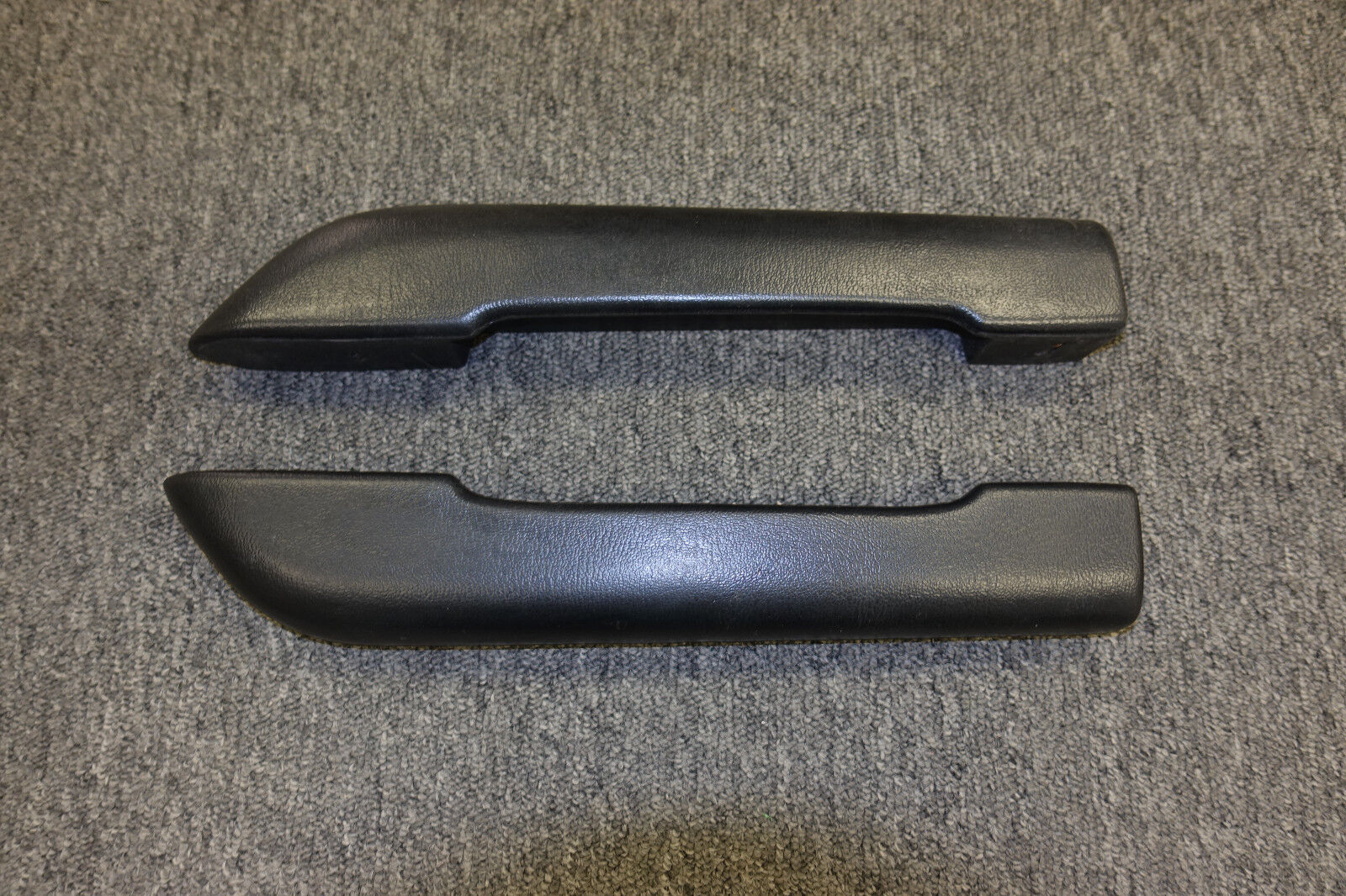 70 74 Cuda Arm Rest Pads