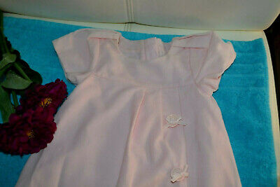 Robe baby dior  rose pale 3 mois doublee  boutons avec noeuds