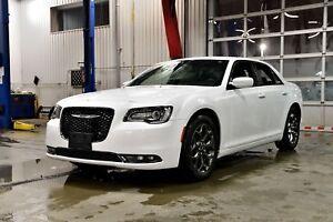 2018 Chrysler 300 S * CUIR * AWD * BANCS CHAUFFANTS
