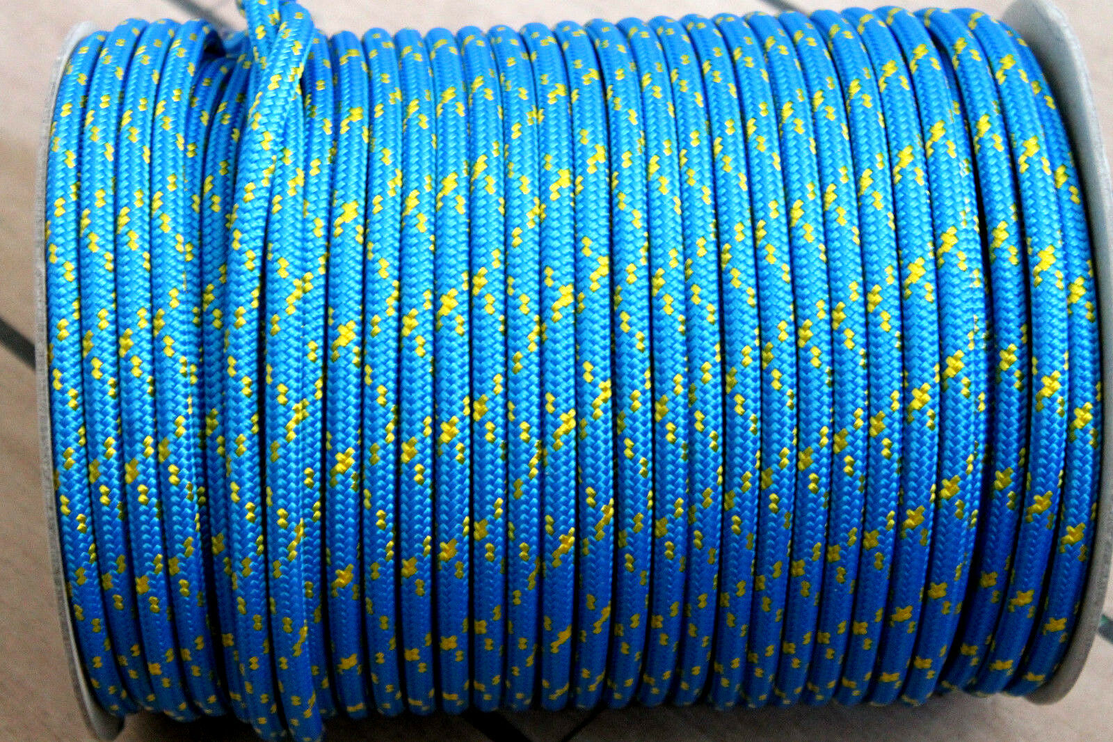 20 MT. CIMA SCOTTA DRIZZA SK75 DYNEEMA ø 8 mm. DOPPIA TRECCIA MADE IN ITALY VELA