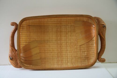 Chinese SHANGHAI Handicraft Woven Elephant Basket Vintage 1970s Era Tray