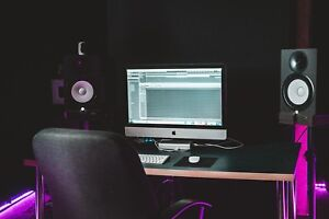 RECORDING STUDIO (HOURLY OR MEMBERSHIP)