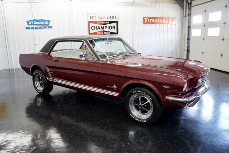 Image 8 Coche Americano de época Ford Mustang 1965