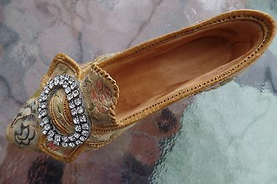 Miniature shoe - `Just the right shoe`(Afternoon tea) with box