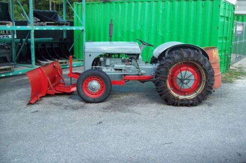 Ford 9N Farm Tractor 1942 w Snow Plow, One Owner,Recent Tires,Step Down Trans