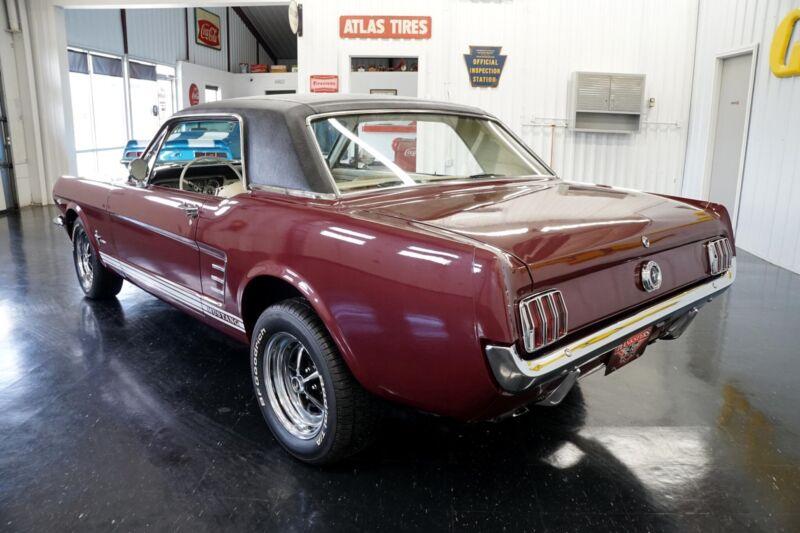 Image 4 Coche Americano de época Ford Mustang 1965
