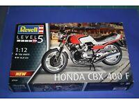 Honda CBX 400 F  Bausatz  Aoshima  Maßstab 1:12  OVP  NEU