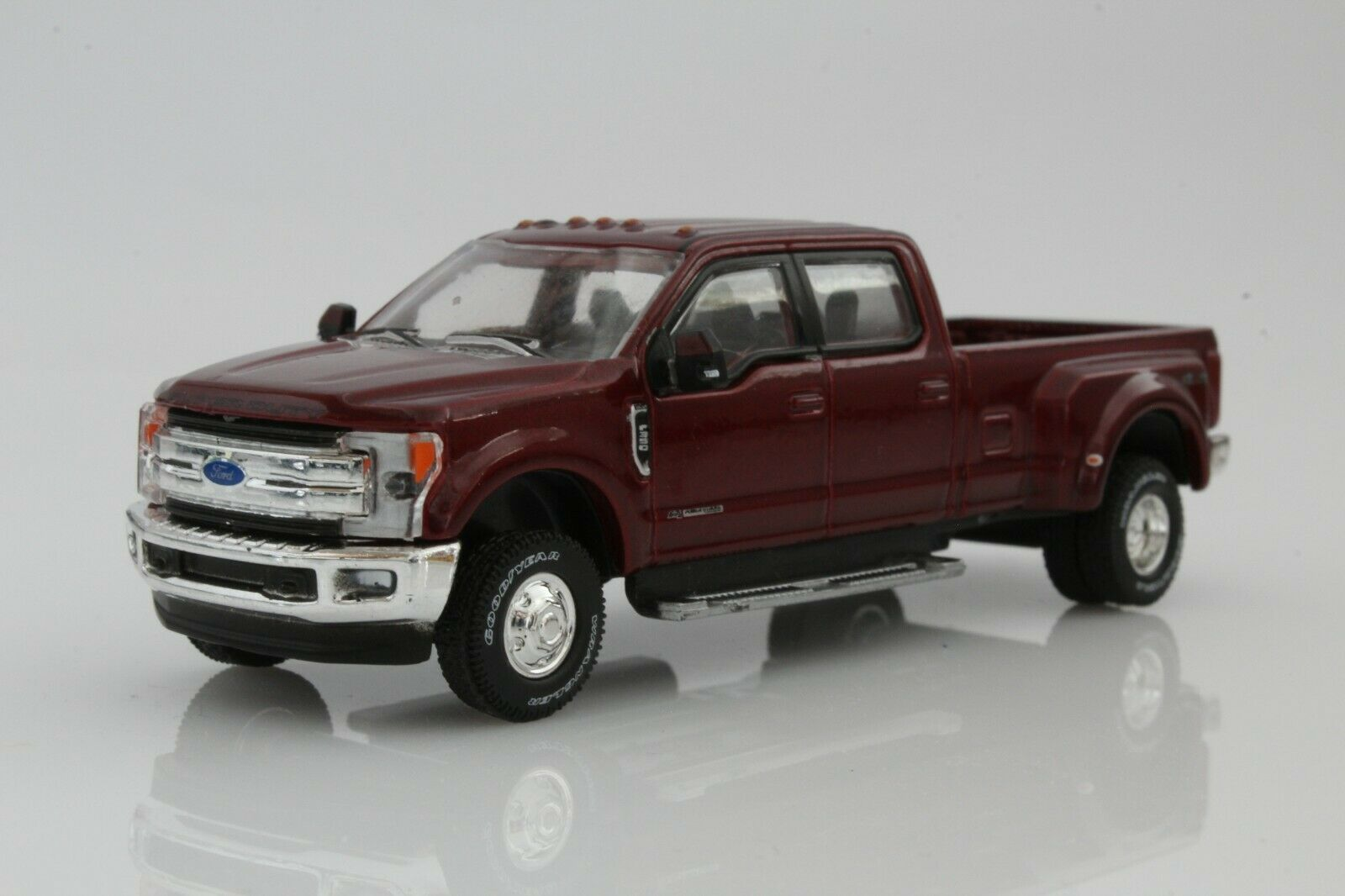 2019 Ford F-350 DRW Dually Lariat Pickup Truck 1:64 Scale Diecast Model Ruby Red