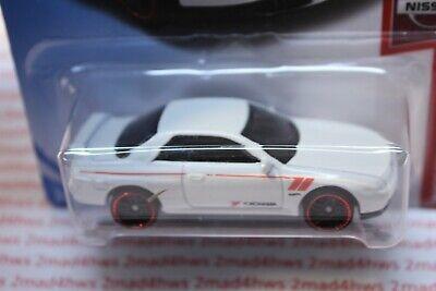 2019 Hot Wheels white NISSAN SKYLINE GT-R (BNR32) 4/5 NEW MODEL Nissan 1/250