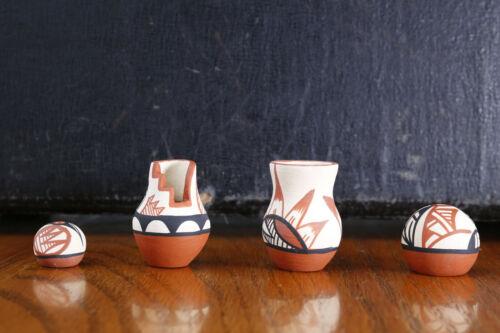 4 Cute Miniature Jemez Signed Jars Seed Pots Olla Native American Indian