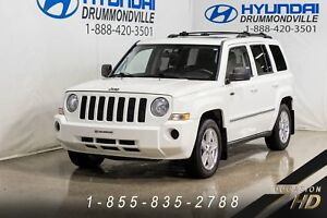 Jeep Patriot 4X4 + NORTH EDITION + TOIT + MAGS + CRUISE + A/C +