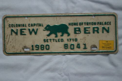 Vintage 1980 North Carolina New Bern Colonial Capital License Plate Topper Tag