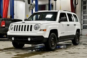 2015 Jeep Patriot ALTITUDE * * 4X4 * MAGS NOIRS *
