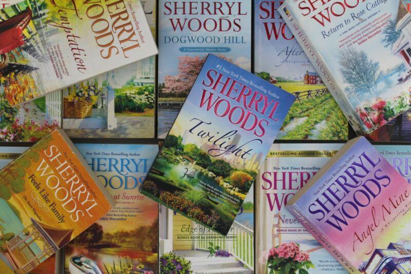 Lot of 5 Sherryl Woods Mass Market Paperback Books MIX