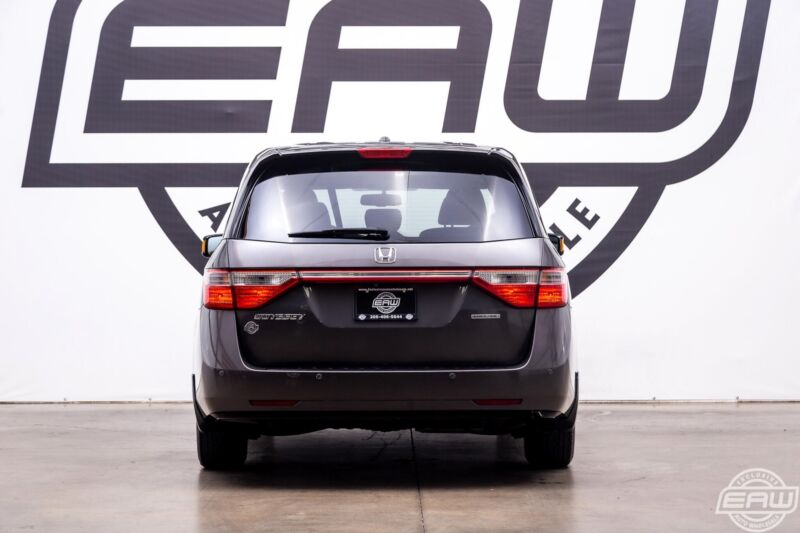 Image 11 Voiture Asiatique d'occasion Honda Odyssey 2013