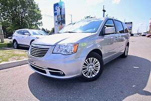 2016 Chrysler Town & Country 4DR WGN