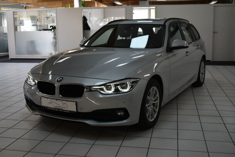 BMW 320d Touring Efficient Dyn. Pano Harman-Kardon