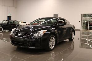 Nissan Altima Coup 2.5s 2010
