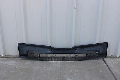L705175 2000-2006 BMW X5 Windshield Cowl Vent Panel OEM