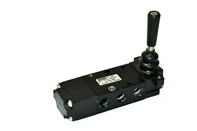 Parker 521811000 Manual Air Control Valve 4-way 14 Npt