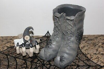 Yankee Candle Witch's Boot's & Hand Jar Candle Holder & Hat Topper~Halloween~ (Halloween Booty)