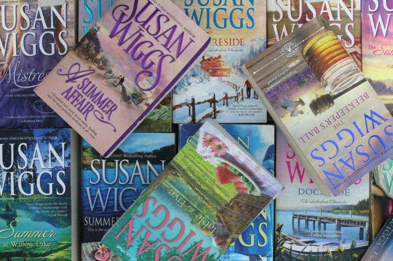 Lot of 5 Susan Wiggs Romance Mass Market Paperback Books MIX
