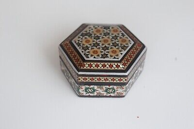 PERSIAN ART KHATAM WOOD HAND MADE JEWELRY BOX OR RING BOX. I MADE BY MYSELF.