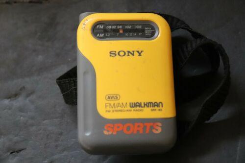 SONY WALKMAN SPORTS AM FM RADIO SRF-85