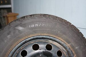 185 70 r14 winter tires in mint shape on rims