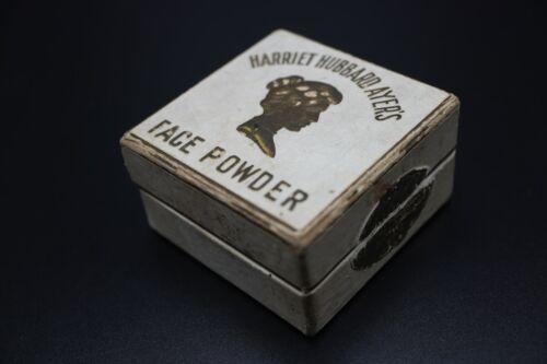 ANTIQUE HARRIET HUBBARD AYER FACE POWDER BOX