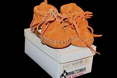 NOS BABY INFANT SZ 3 Vtg 60s 70s SUEDE FRINGE MINNETONKA MOCCASINS Shoes