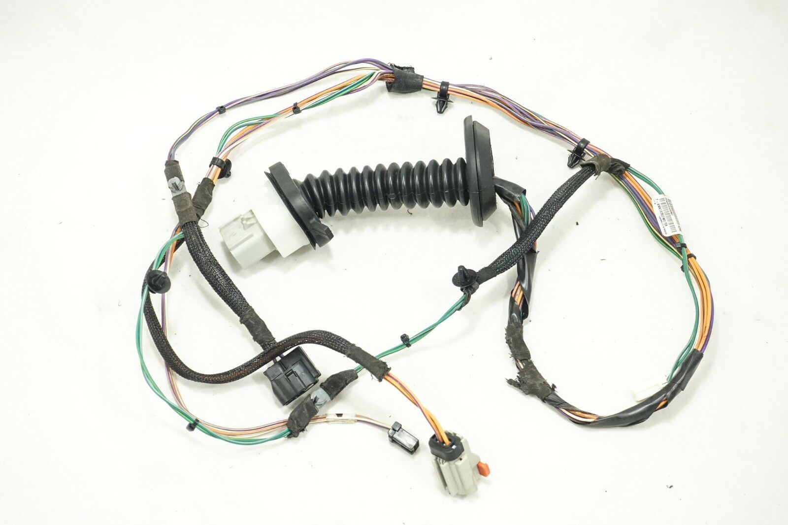 2004-2006 chrysler pacifica rear door wiring harness 04869409ae 04869409ad