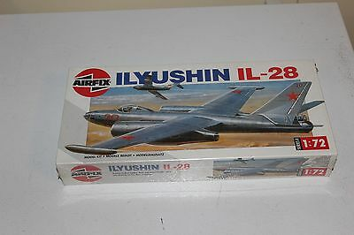 Ilyushin IL-28 Airfix Series 4 1:72 Scale Plastic Model Kit
