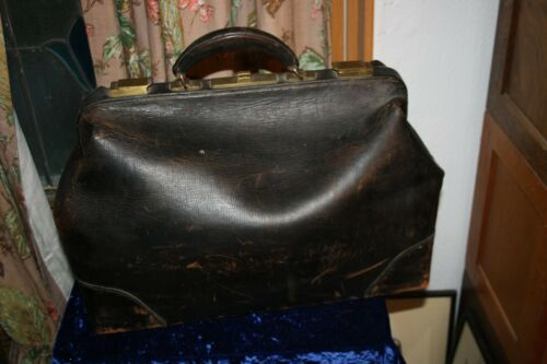 Vintage Leather Doctors Medical Bag Travel bag, Dark brown Great Condition