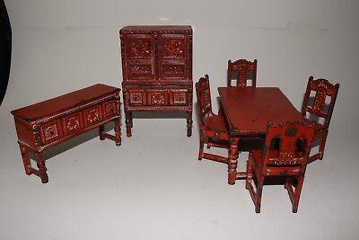 1920's Arcade Toys Cast Iron Dining Room Set, Nice Original